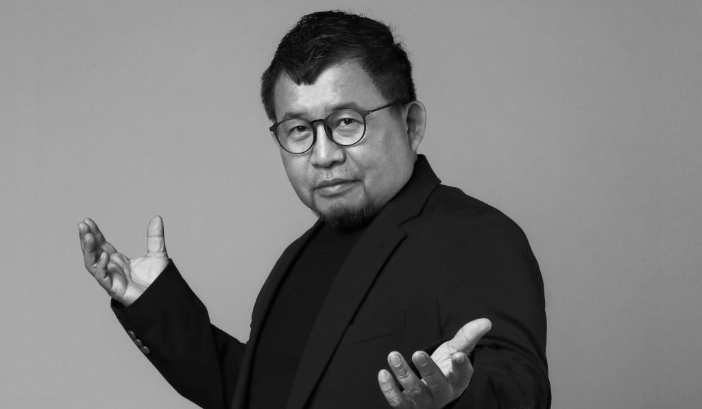 黃志偉 / 副教授兼系主任暨所長 Huang, Chih-Wei / Associate Professor & Chair